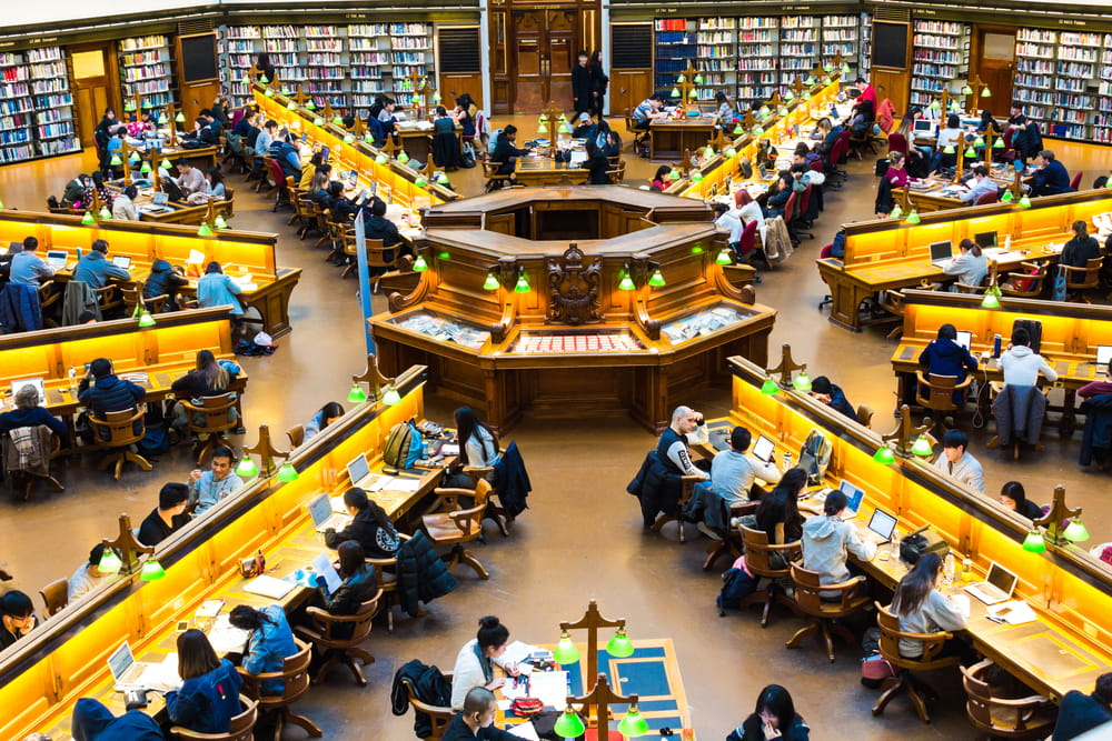 Crowdsourcing image of workers in a library
