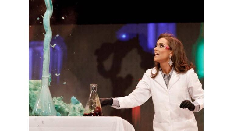 Miss Virginia does a science experiment