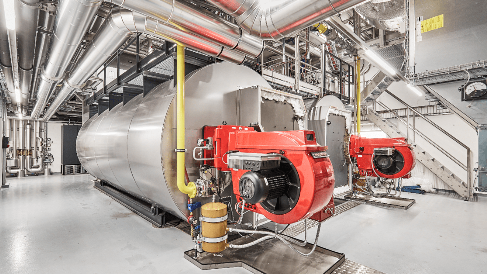 New energy-efficient steam boilers at the Bern site replace four steam boilers and two combined heat and power plants that were used to produce steam and hot water and to heat office buildings