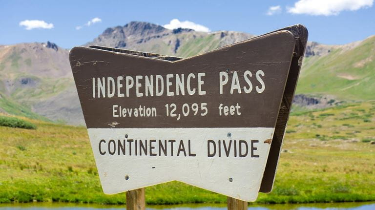 trail sign at Independence Pass on Continental Divide Trail